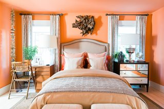 8 2017 The Glidden Paint Brand Offered Interior Designer Brian Patrick Flynn Inspiration Needed To Develop A Coastal Inspired Color Palette For
