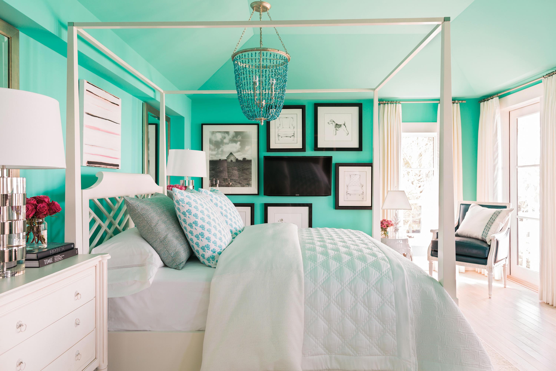 hgtv dream home 2017 master bedroom paint color. Black Bedroom Furniture Sets. Home Design Ideas